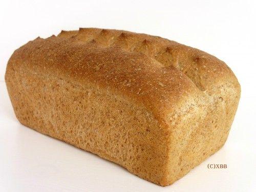 Knip bruin bak je zelf, halfvolkoren, heel, halfje, brood, recept, makkelijk, Nederlands, bakken, oven, broodbakblik KitchenAid, tarwe, deeg, kneden, rijzen