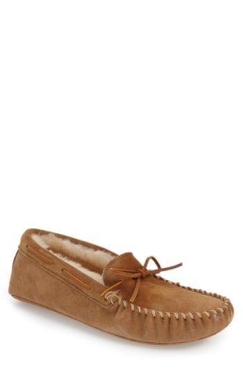 01a1308c3b2 MINNETONKA GENUINE SHEARLING LINED LEATHER SLIPPER.  minnetonka  shoes