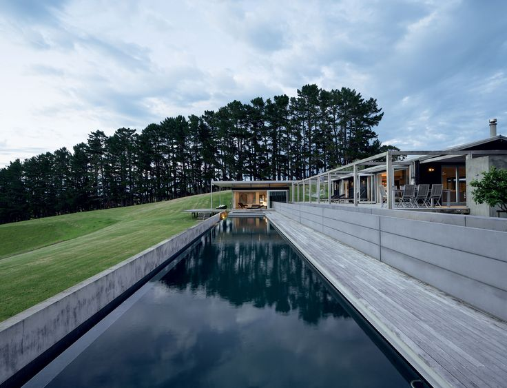 Made up of four separate buildings clustered around a large pool, the owners of this holiday house wanted a home where extended family members could stay together yet still enjoy an element of privacy.