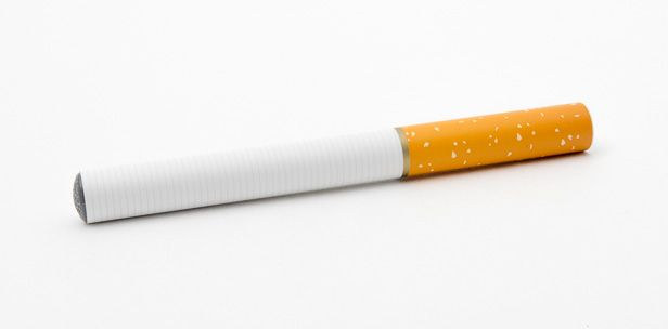 Faut-il acquérir son #e-cigarette jetable chez son #buraliste ?