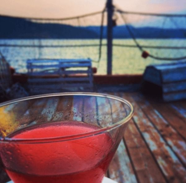 Travel Writers' Secrets: Top Newfoundland Travel Tips