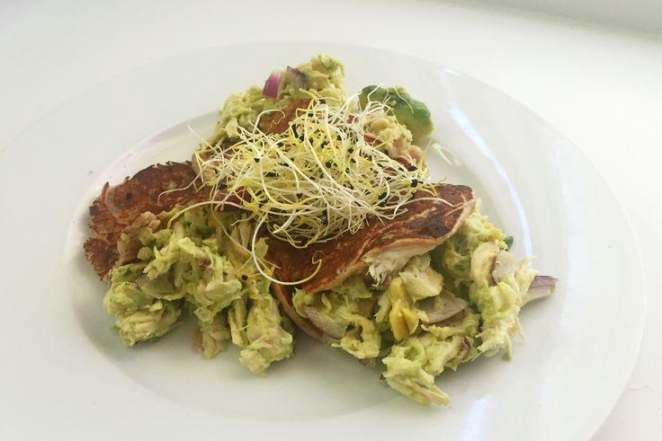 Pulled chicken met avocado