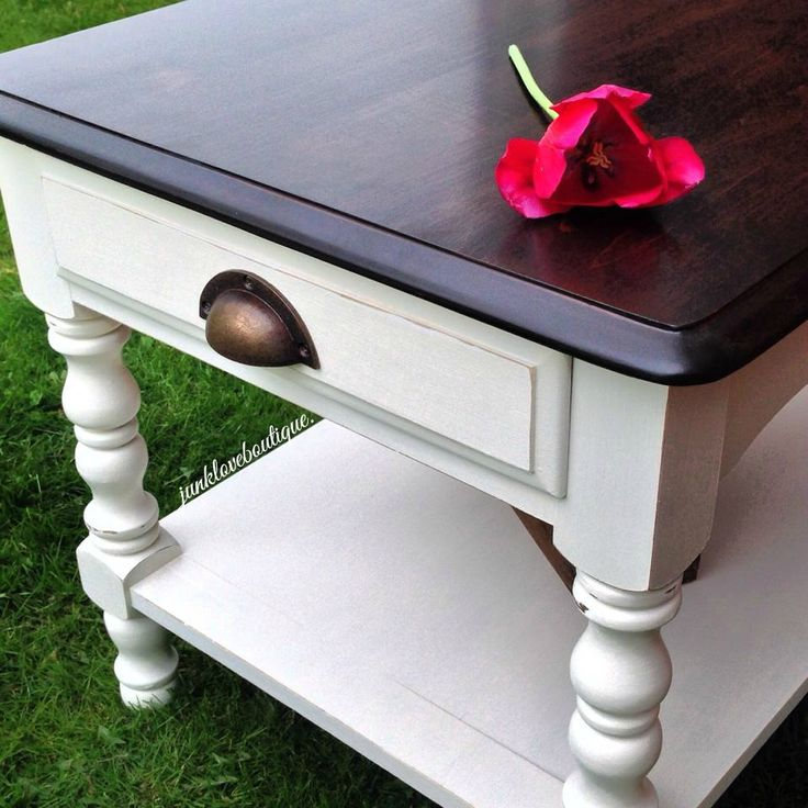 Junk Love Boutique   This Adorable Off White End Table Is Distressed To  Perfection And