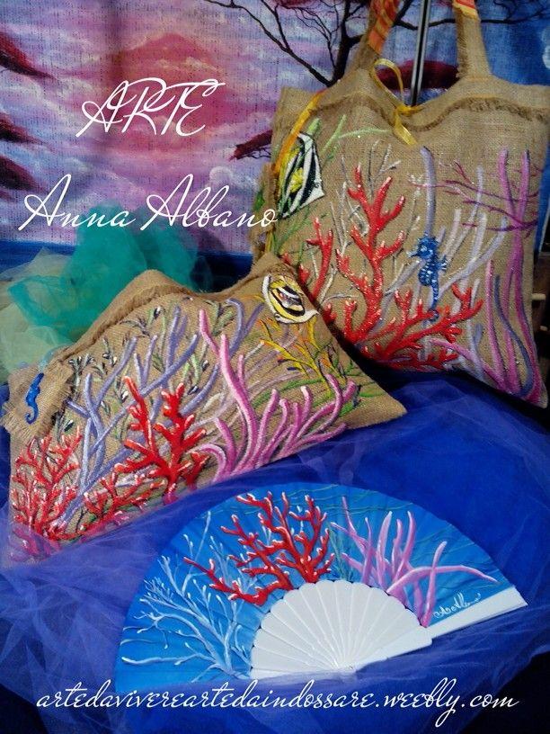 "Borse in tela di juta dipinte a mano linea ""Sinfonie Marine"" #ARTEAnnaAlbano #handpainted #borsemare #bag #handfans"