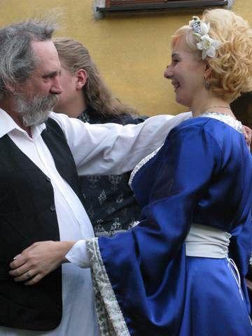 Suknia ślubna, Wedding Dress.  Wykonanie/ hand made: Agnieszka Mazur.  Artykuł w Gazecie Myszkowskiej http://www.gazetamyszkowska.pl/articles/794