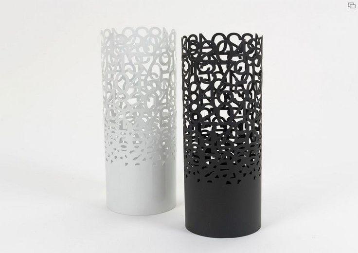 les 31 meilleures images du tableau presentoirs idees sur pinterest porte parapluie. Black Bedroom Furniture Sets. Home Design Ideas