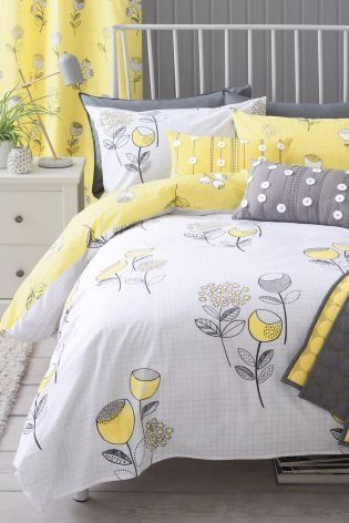 Spring is around the corner, bringing with it all things yellow - including this GORG bedroom set up!