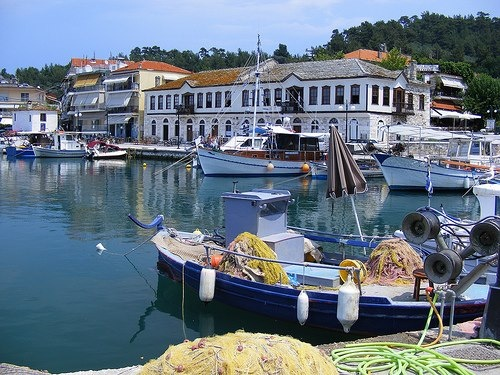 Old town Harbour Thassos island Greece 431737_439451669446372_409041567_n.jpg (500×375)