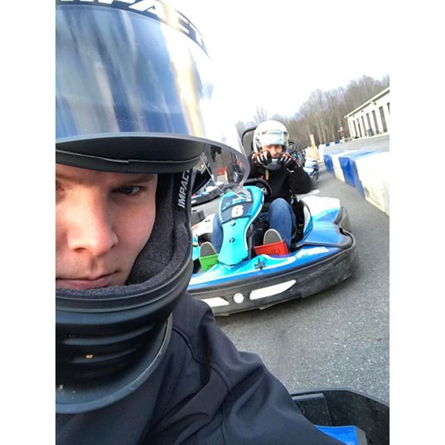 When it's 47 degrees in Mooresville, North Carolina you go run the Under 50 degrees special of $15 Motos at @gopromotorplex and completely freeze your ass off. #karting #mooresville #northcarolina #winter #brrrrrrr #speedenergy #impactsafety #gopromotorplex #chrishecht23 #racing #racecityusa #gokarts #gokartracing