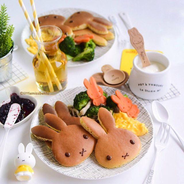 今日の朝ごはん ミッフィーちゃんのパンケーキ♡