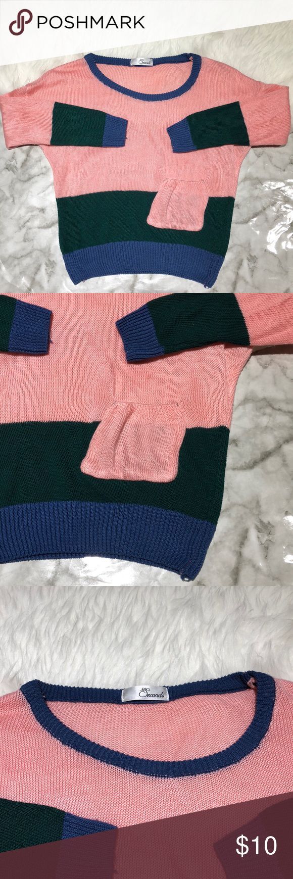 BOGO 50% 59 Seconds Colorblock Sweater Baggy and comfortable. Doesn't say the size and the tag that says what the material is is gone.   💖Like this? Add this to a bundle 💜IG: mayra_alexxandra 💛SC: mayra_s ❤️👩🏻 59 Seconds Sweaters