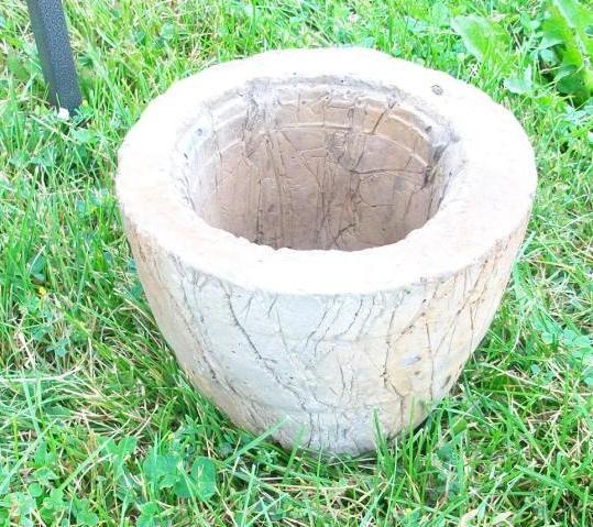 Large Hypertufa Pot Rustoleum Stain