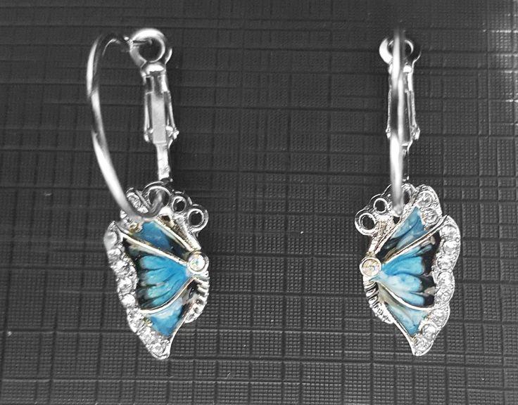 Cercei Fluture cu cristale austriece, placati cu argint. Pret: 15 lei