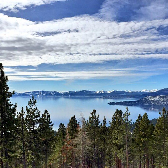 En #LakeTahoe hay 18 resorts de esquí /  In #LakeTahoe there are 18 ski resorts #travel #viajar #viaje #tipsdeviajero #travelblogger by tipsdeviajero
