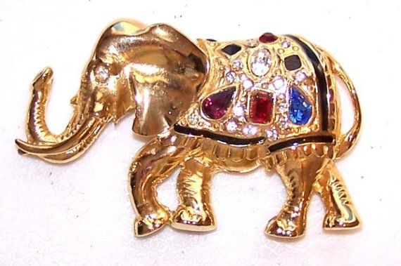 Stunning elephant brooch with colourful by Elefanteblanco on Etsy, $11.50