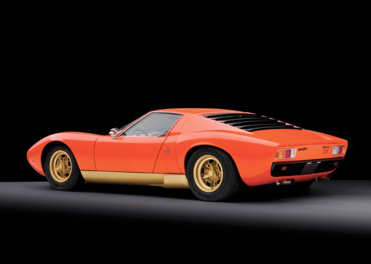 32 Photos Of The Greatest Lamborghini Ever Made   The Miura | Airows