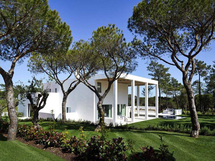Gardens, Modern Home in Quinta do Lago, Portugal