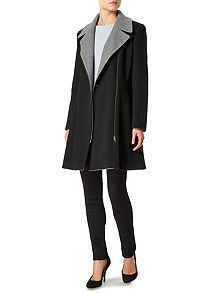 Assymetric contrast zip coat