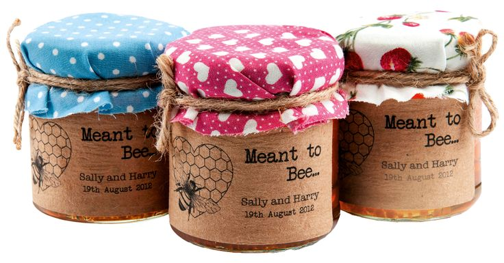'Meant To Bee' honey favour stickers, Wedding In A Teacup, Rs 660; Weddinginateacup.co.uk