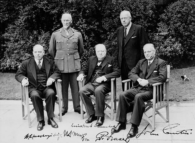King, Smuts, Churchill, Fraser, and Curtin and the first Commonwealth Prime Ministers' Conference, London, England, United Kingdom, 1 May 1944