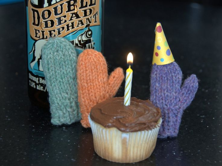 It's a party!  Happy first birthday merrymittens.com