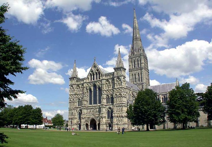 a history of gothic architecture in england English gothic architecture  english gothic architecture history,  gothic art took root in england some 50 years later than it did in france,.