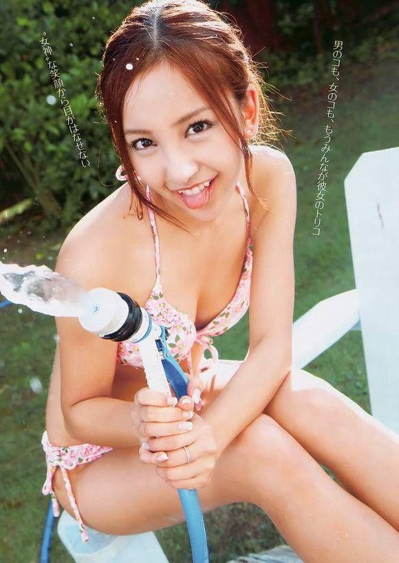 AKB48板野友美・ともちんの抜けるエロ画像まとめ : 素人エロ画像まとめ速報