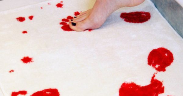 Bath Mat Turns Red When Wet Creepy But Kind Of Cool Would It Be
