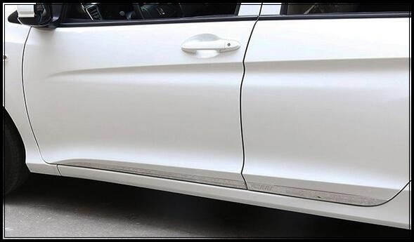 74.50$  Watch now - http://ali2e0.worldwells.pw/go.php?t=32658663913 - High quality stainless steel 4pcs side door trim, door protection bar with logo For Honda City 2015 74.50$
