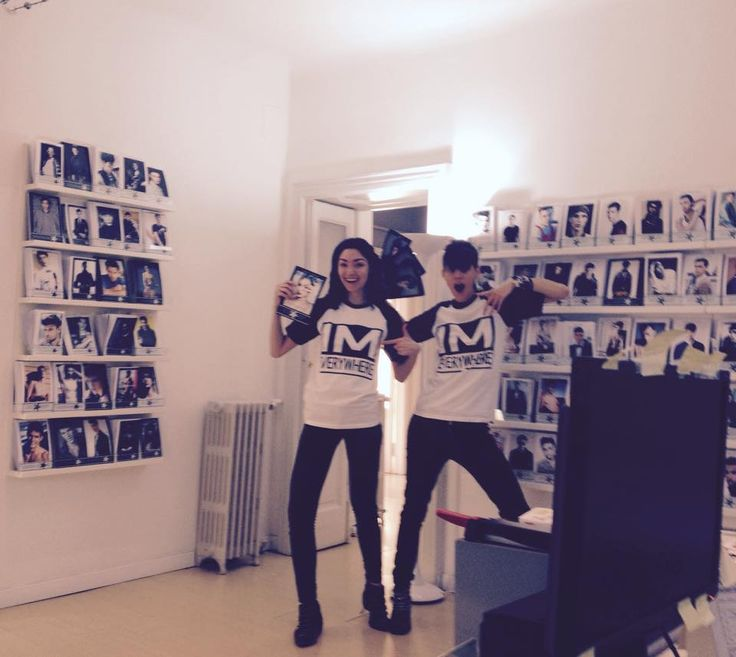 Alessandra & Agata in their new Independent MGMT T-shirts