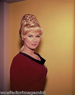 grace lee whitney Star Trek 8 x 10 photo ( 454 - 15 )