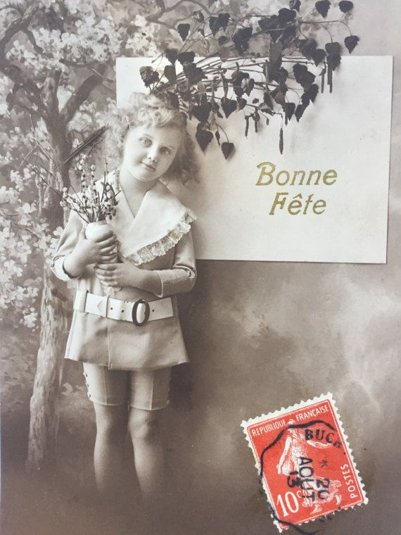 Land meisje * Sepia fotografie * Franse kind in jongensachtige outfit * wenskaart * schattige kleine jongen en meisje * 1913 antieke briefkaart