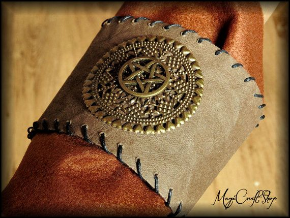 PAGAN VINTAGE Look BRACELET for arm or wrist for by magicraftshop