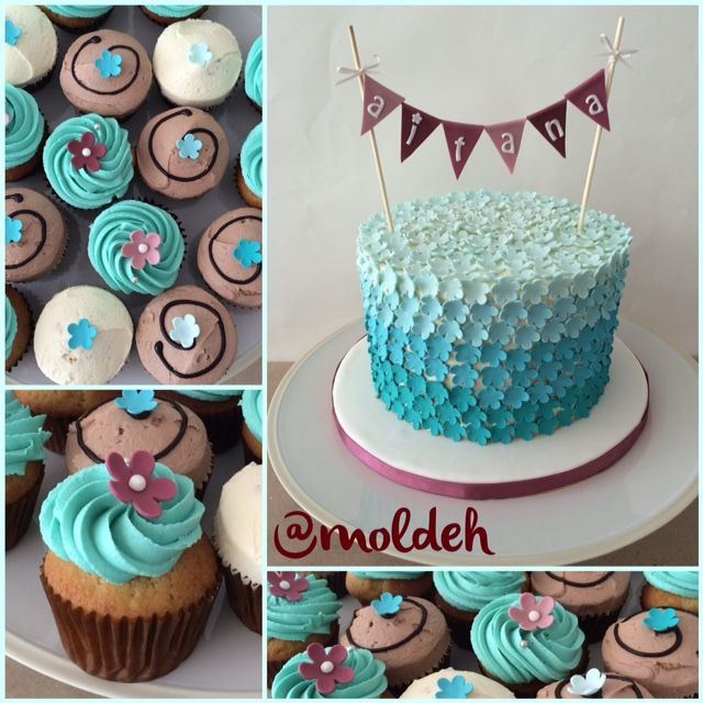Cupcakes y pastel para Shower con flores turquesa y banderines // Babyshower Cupcakes and Cake with turquoise flowers and purple garland