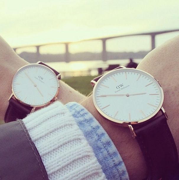 The PERFECT Autumn accessory.  For men and women from @DWwatches.