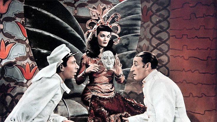 """Aroldo Tieri, Tamara Lees and Totò (Antonio De Curtis) in Mario Mattoli's """"Totò sceicco"""" (Italian title: """"Totò sheik"""", 1950)."""