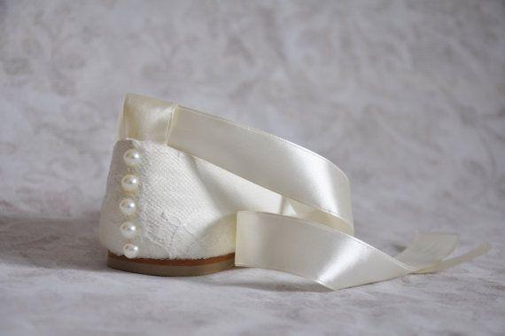Lace bruiloft flats ballet flats met lint door gorgeousweddingshoes