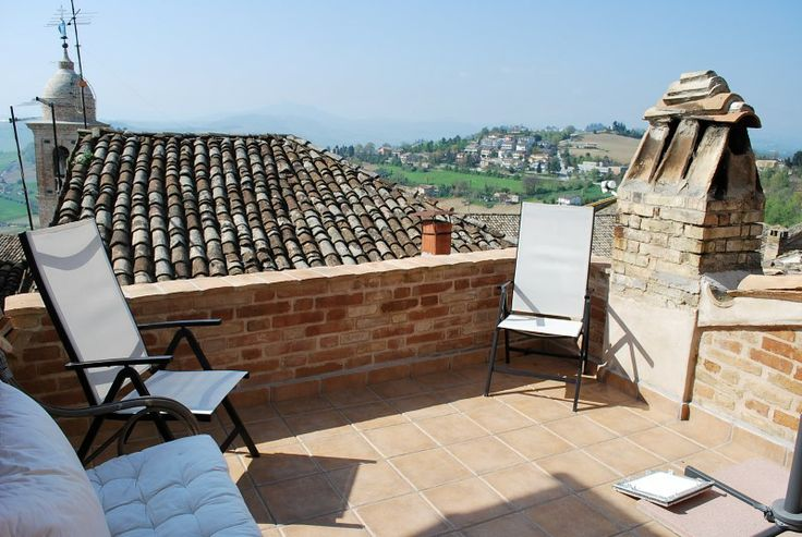 Property for sale in Le Marche Petritoli Italy - Town House > http://www.italianhousesforsale.com/property-italy-casa-clodagh-1772.html