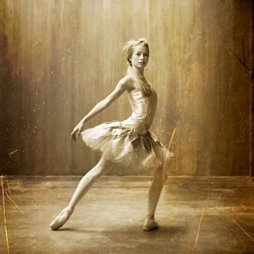 Ballerina...Dance Photography, Ballet Dancers, Vintage Fashion Photography, Inspiration Pictures, Dance Photos, Ballet Photography, Vintage Ballet, Vintage Style, Style Fashion