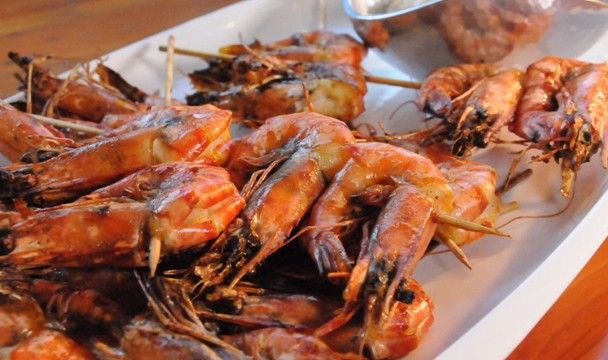 Barbecued Prawn Sticks with Roast Garlic Mayo : Food : The Home Channel