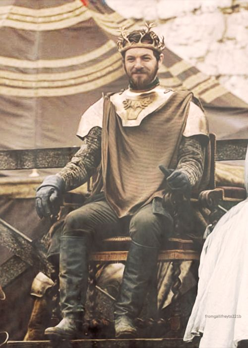 renly baratheon game of thrones costumes pinterest. Black Bedroom Furniture Sets. Home Design Ideas