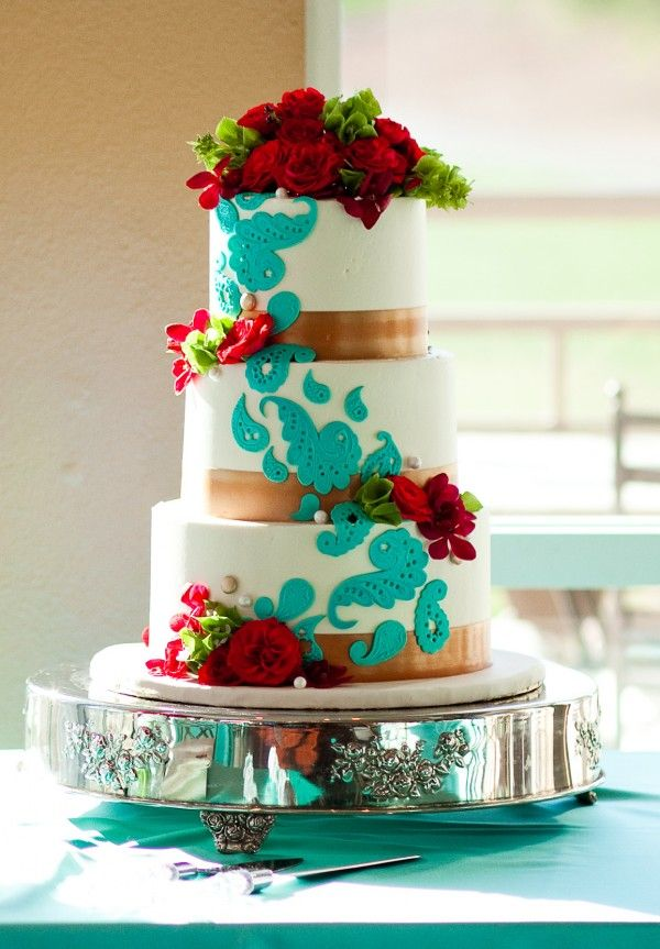 Tiffany blue and red rose wedding cake by Las Vegas Custom Cakes | Canyon Gate Country Club | Joey Allen Photography