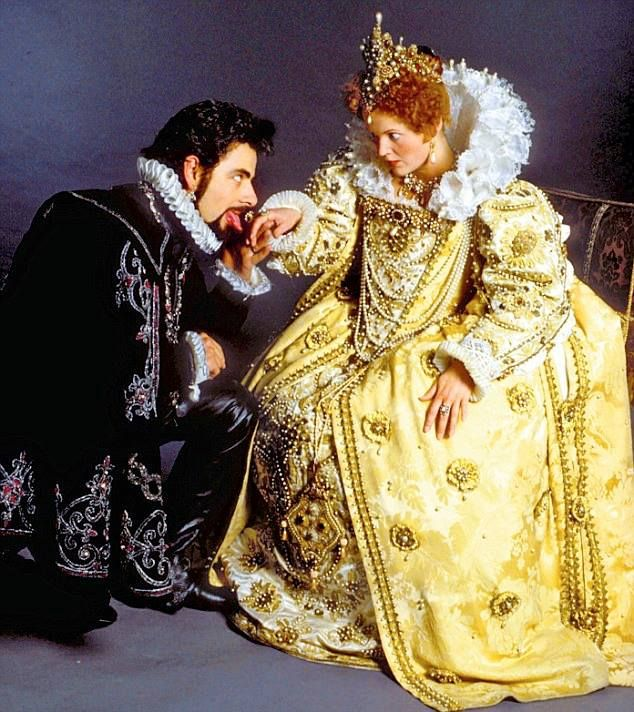Rowan Atkinson as Lord Blackadder and Miranda Richardson as Queenie in Blackadder II