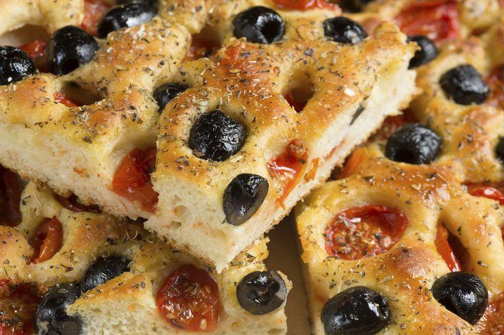 Focaccia: 5 ricette da non perdere - Le ricette de La Cucina Italiana