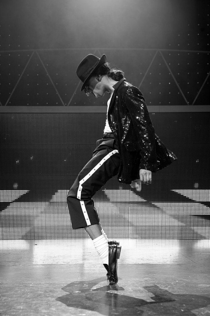 • Michael Jackson The Legend
