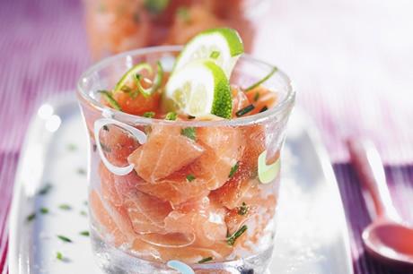 Saumon mariné au citron vert en verrine