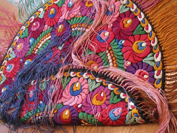 "RARE Early Silk Matyo Embroidery LG 38"" RD Table Cloth | eBay"
