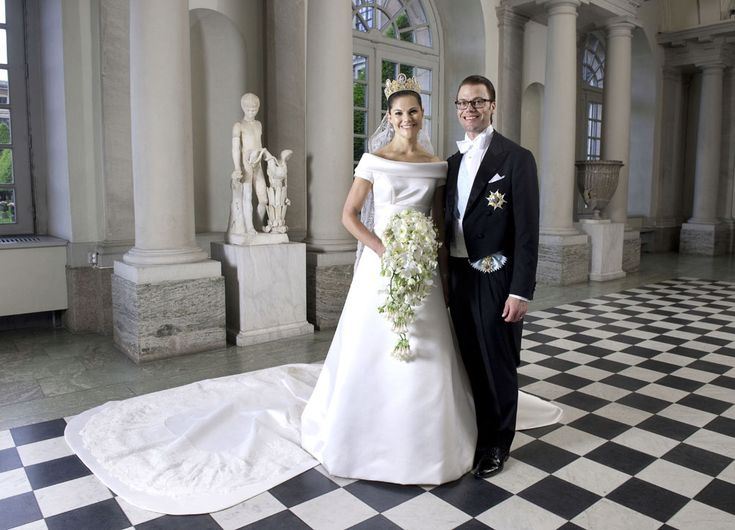 Princess Victoria and Daniel Westling's fairytale wedding: official photographs