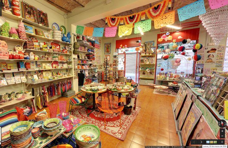 Fantastik  |  Bazar de cosas curiosas de India, Japón, Mexico y Senegal  |  C/Joaquin Costa, 62 Barcelona