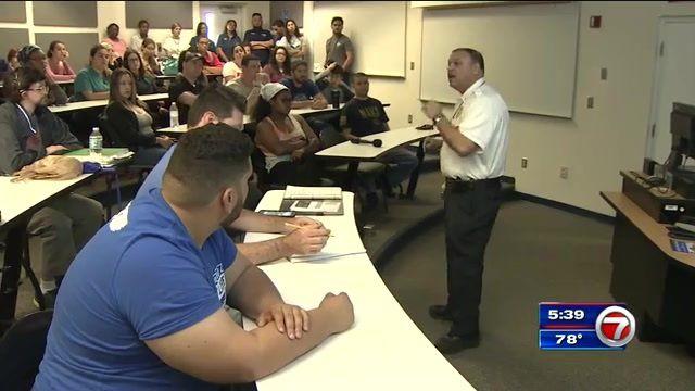 Broward College students take advantage of mass shooting seminars #college